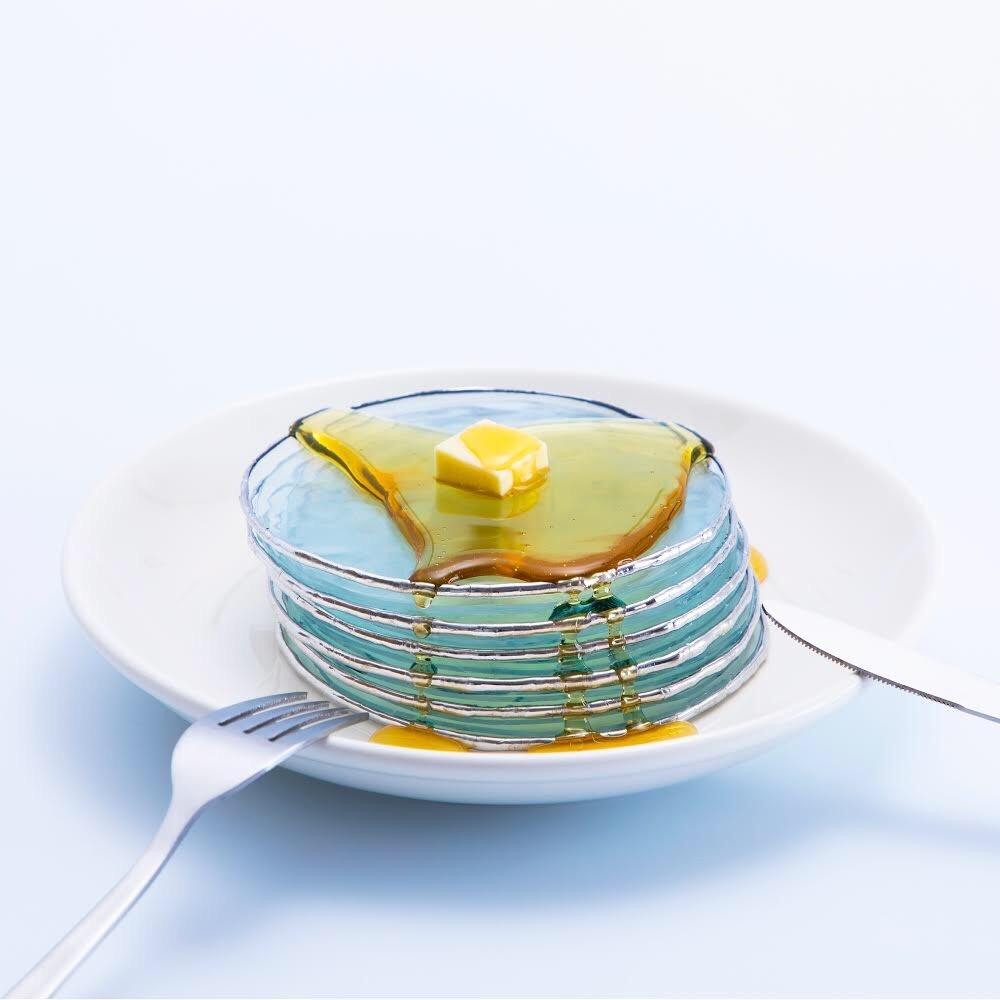 ひらのまり01-「パンケーキ」(2019年)